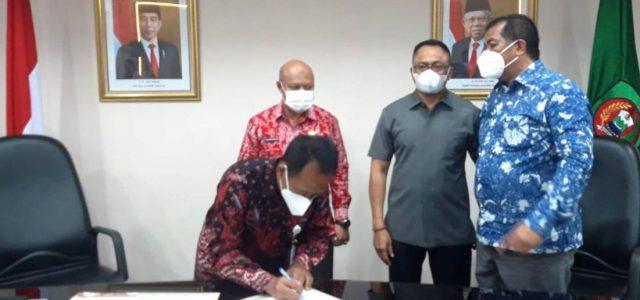 Optimalkan Pendapatan Daerah, Sekdaprov Wakili Gubernur Tandatangani MoU dan PKS dengan Pertamina