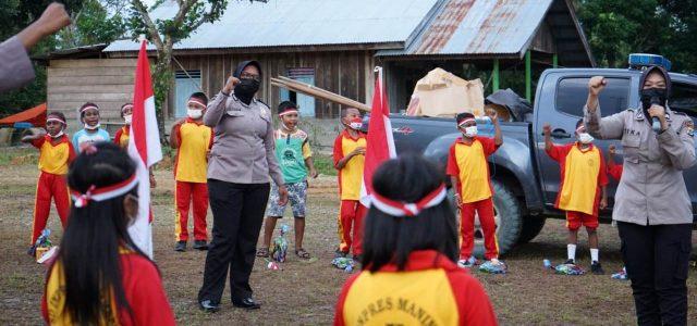 Setelah Distrik Bintuni, Satgas Arfak Mansinam Edukasi Anak – Anak di Distrik Manimeri