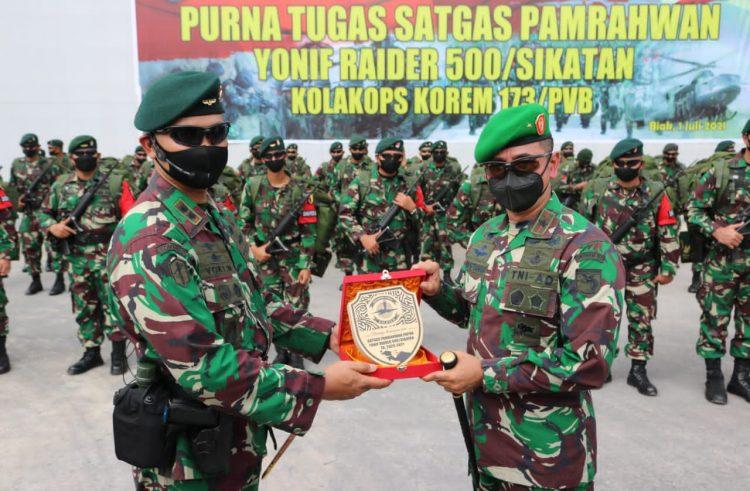 Danrem 173/ PVB Biak Puji Yonif Raider 500/Sikatan di Papua